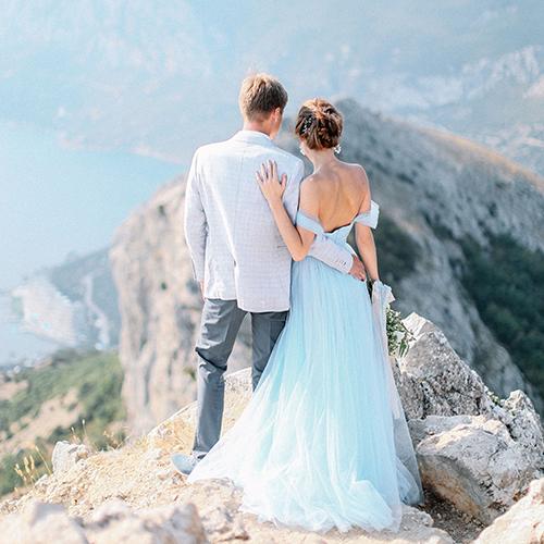 Альбина и Вова . Свадьба для двоих в Крыму, в горах. Свадебный фотограф в Крыму