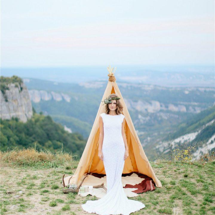 Марина Мангуп. Стилизованная фотосъёмка в горах в Крыму