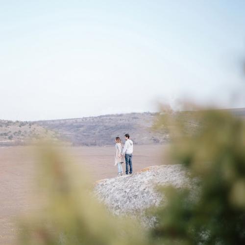 Диана и Саша . Лавстори в Крыму в горах . Fine art фотограф в Севастополе