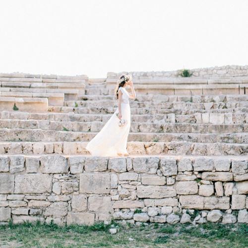 Амфитеатр Херсонес. Плёночный Fine art wedding photogtaphy свадебный фотограф Крым.
