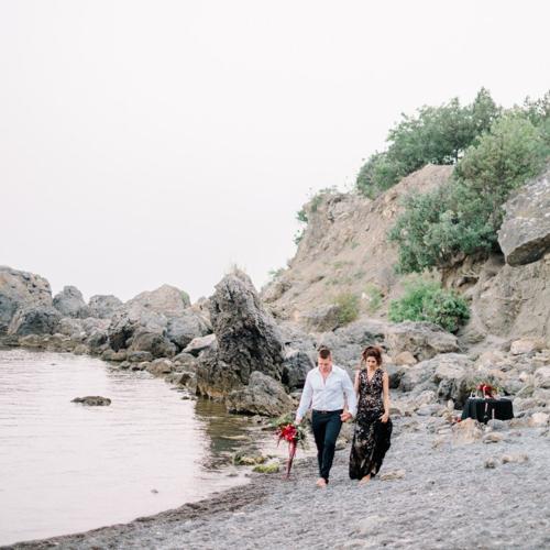 Лена и Максим. Фотосъёмка на берегу Крымского моря. Фотограф в Крыму