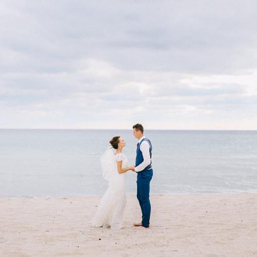 Таня и Петя. Свадьба на берегу моря в Крыму. Свадебный фотограф в Крыму